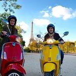vespa scooter tour paris