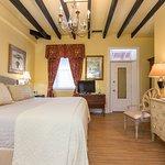 Photo de Casa de Solana Bed and Breakfast