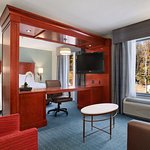 Hampton Inn & Suites Hartford/Farmington ภาพถ่าย