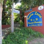 Santa Lucia Guesthouse Photo