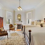 Photo de Sully Mansion Bed and Breakfast
