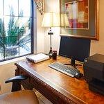 Foto de Best Western Plus Executive Hotel & Suites