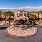 Hampton Inn & Suites Palm Desert
