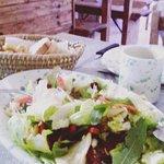L'insalata più buona che ci sia..... non solo carne squisita e personale simpaticissimo