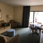 Photo de Quality Inn and Suites Golf Resort