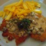 Inte så typiskt Italienskt men jättegod schnitzel.