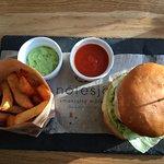 Burger Friday på Nötesjö, foto av Micke Rehn