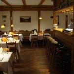 Restaurant mit Barbereich