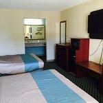 Motel 6 Kenly, NC