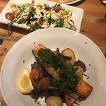 Salmon platter + green salad