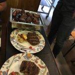 Que comida mas increible! desde carnes españolas coo cortes argentinos, al mas autentico ojo de
