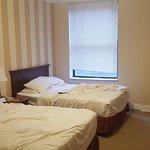 Photo de Hotel St. James