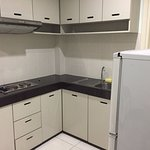 kitchenette with no cooking utensils