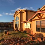 Photo de Affordable Inn of Capitol Reef