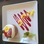 dessert: sablé breton, mousse ananas