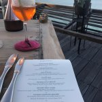 Photo de Dining on the Rocks