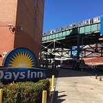 Photo de Days Inn Long Island City