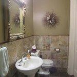 Manderley Bessie's Room-Bathroom Sink & Stool