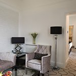 Lounge area from an Oak suite