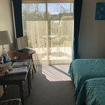 Photo de Carnac Lodge & Hotel
