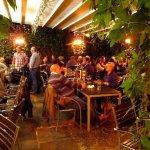 stonegate-yard-bar-brasserie_large.jpg