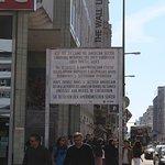 Foto de Berlin Wall Museum (Museum Haus am Checkpoint Charlie)