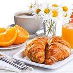 Continental Francais / Breadfast