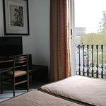 Photo de Hotel Medium Monegal