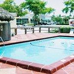 Photo de Americas Best Inns & Suites