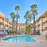 加州 Rancho Bernardo 拉迪森套房飯店