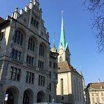 Foto de Iglesia de Nuestra Señora (Fraumunster)