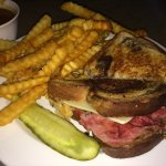Reuben, Fries & Gravy for Sunday Brunch! (April 9th 2017)