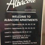 Photo de Albacore Apartments