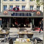 Les 3 Brasseurs Reims terrasse Place D'Erlon