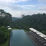 Lovely infinity pool with an amazing view.