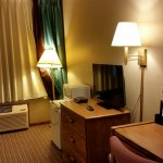 Handicapped Accessible Room with queen Bed