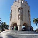 Mausoleo de José Martí en su exterior