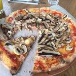 Vegan Mushroom Pizza