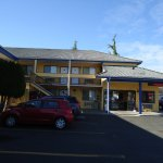 Sumner Motor Inn Photo