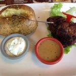 viande marinée aux trois poivres et pomme de terre au four