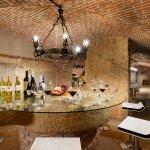 Cantina/Wine Shop