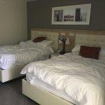 Room 510 - family room.