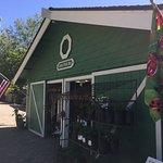 Linn's Fruit Bin Store