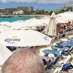 A packed Maho beach.