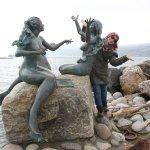 3 mermaid statue