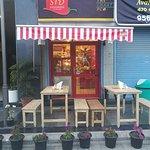 outside sitting arrangement of restaurant