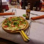 pizza (della mia ragazza) e birra (mia)