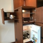 fridge, teamaker, minibar