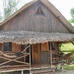 Cabane - dont il y en a 10