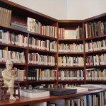 l'impressionnante bibliothèque